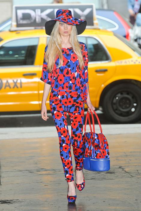 DKNY-spring-2012, Flower row, Fashion, Thời trang, Xu hướng thời trang xuân 2012, thoi trang, xu huong thoi trang mua xuan 2012, thời trang đẹp, thoi trang dep