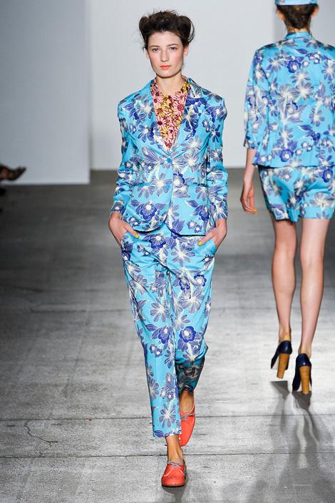 Karen-Walker-spring-2012, Flower row, Fashion, Thời trang, Xu hướng thời trang xuân 2012, thoi trang, xu huong thoi trang mua xuan 2012, thời trang đẹp, thoi trang dep
