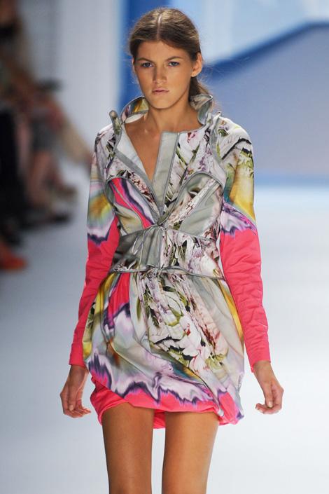 Vera-Wang, digital age, fashion, thời trang, thoi trang, xu hướng thời trang xuân 2012, xu huong thoi trang xuan 2012