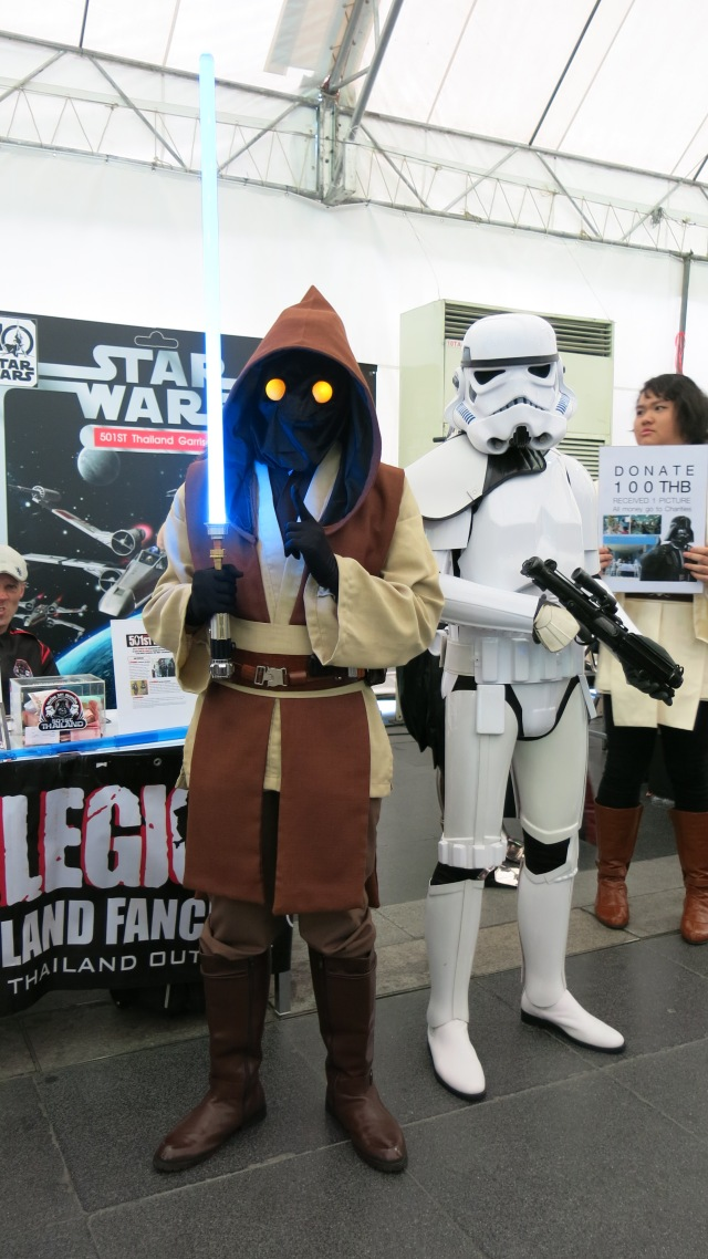 toy expo, festival, fes, starwars, cosplay, trooper